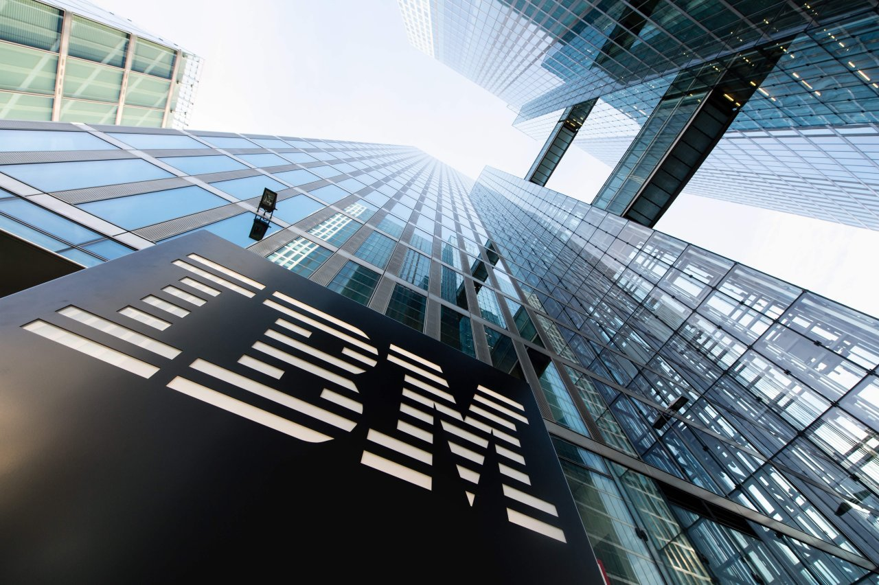 IBM Collaborates with Crypto Dollar Stablecoin